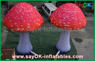 China De Doekpaddestoel van Oxford van douane Opblaasbare Producten Rode met Ingebouwde Ventilator fabriek